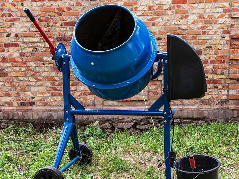 niebieska betoniarka